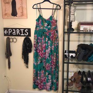 Jennifer Lopez Maxi Dress, Size medium.